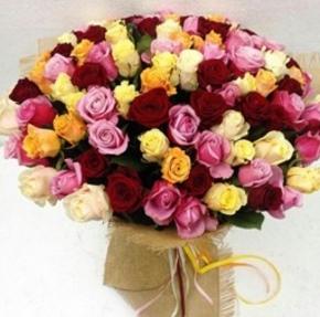 دسته گل رزهای رنگی